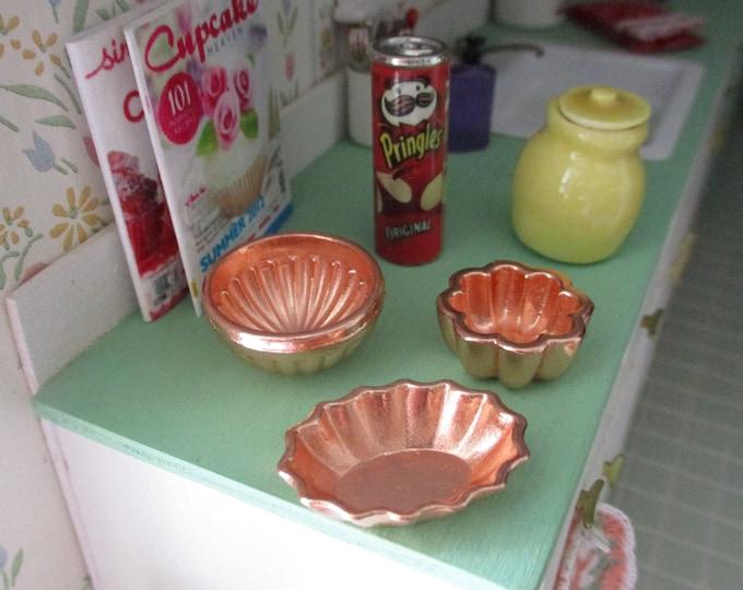 Miniature Bundt Pans, Mini Copper Bundt Pan Cake Mold Set, 3 Pieces, Style #34,  Dollhouse Miniature, 1:12 Scale, Dollhouse Accessories