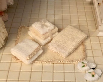 Minis Bath & Bed Items