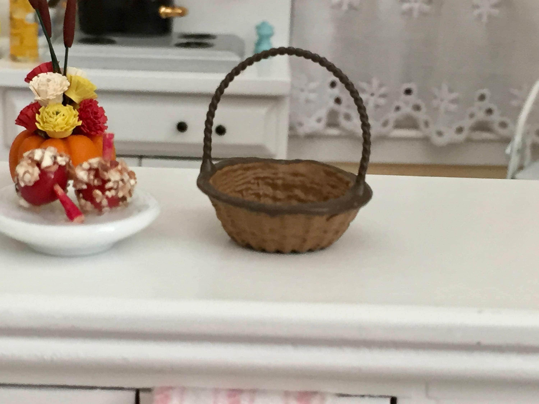 Dollhouse Mini Wicker Baskets Dollhouse Scale 1:12 for Miniature Food Accessory