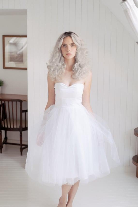 Tulle wedding dress /Short wedding dress/ Retro Strapless   Etsy