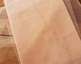 tulle net hat veiling BTY-Vintage Silk Millinery Veil Veiling Beige France