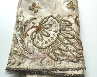 d5e4ad05f5 Vintage 1890's Victorian Gold Metallic Embroidered Floral Silk Table Cloth,  Table Runner, Gold Bullion Trim, 35x22