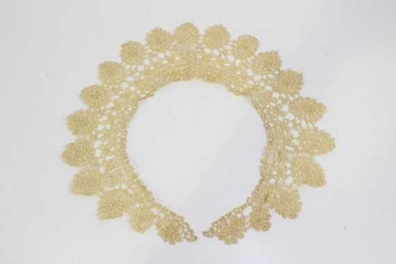 Antique Lace Collar, Detached Collar for Dresses,