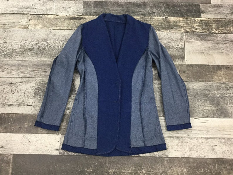 C 38 Cotton Poly Blend Vintage 70/'s JC Penney Blue Denim Western Style Sport Jacket with Top Stitched Patch Pockets and Wide Lapels
