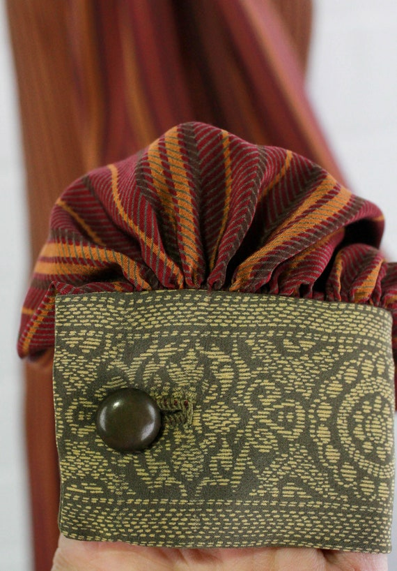 Vintage Pauline Trigere Striped Silk Day Dress, H… - image 5