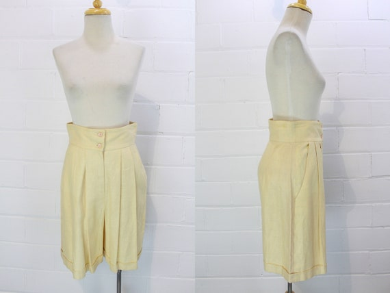 Vintage 1980s Cream Linen Bermuda Dress Shorts, Mi