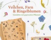 Veilchen, Farn und Ringelblumen | creative with pressed flowers, Pressing flowers, pressed flowers, flower press, DIY, Book,