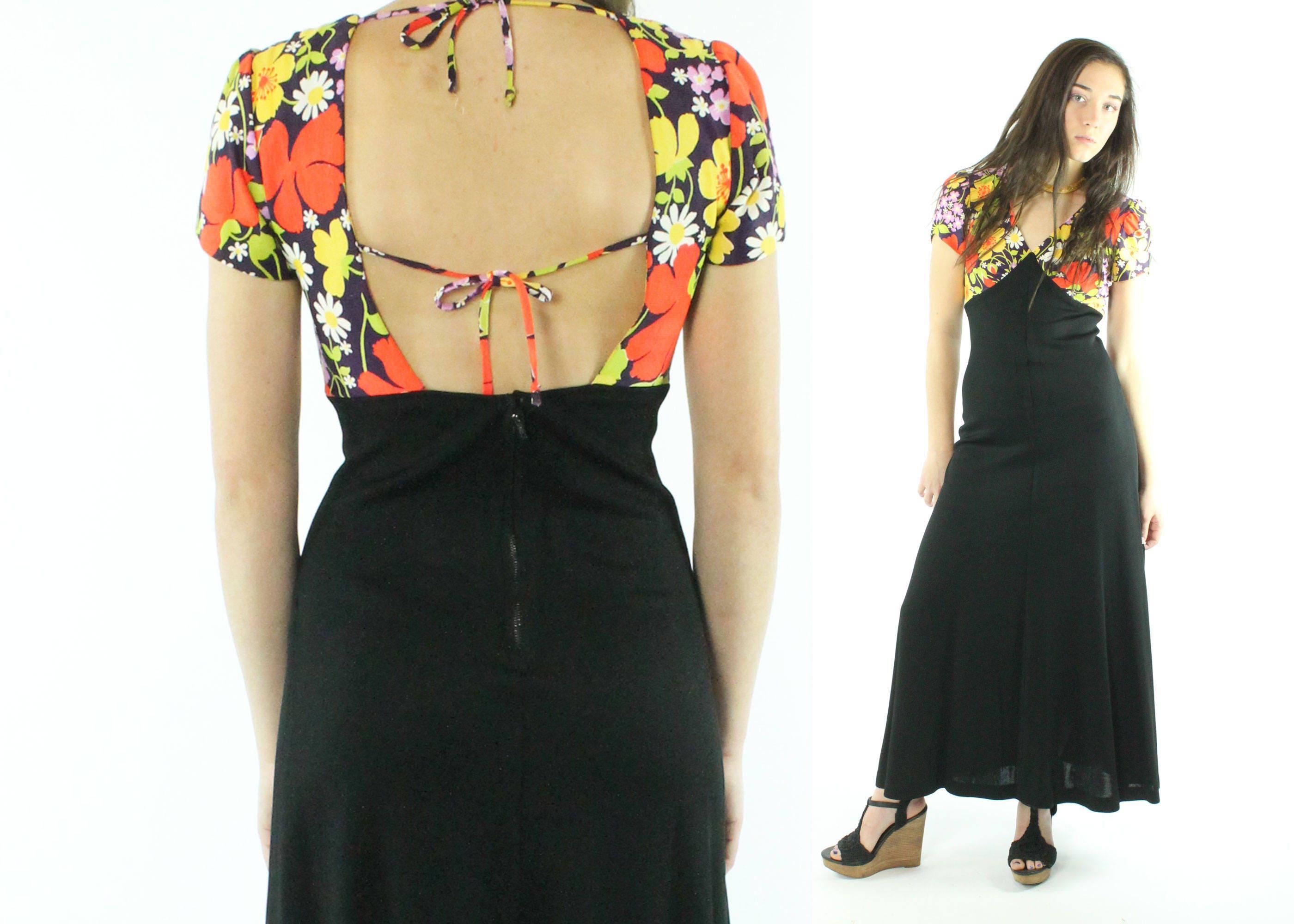 cd28e02a9ae 70s Maxi Dress Floral Sundress Deep V Open Back Short Sleeves