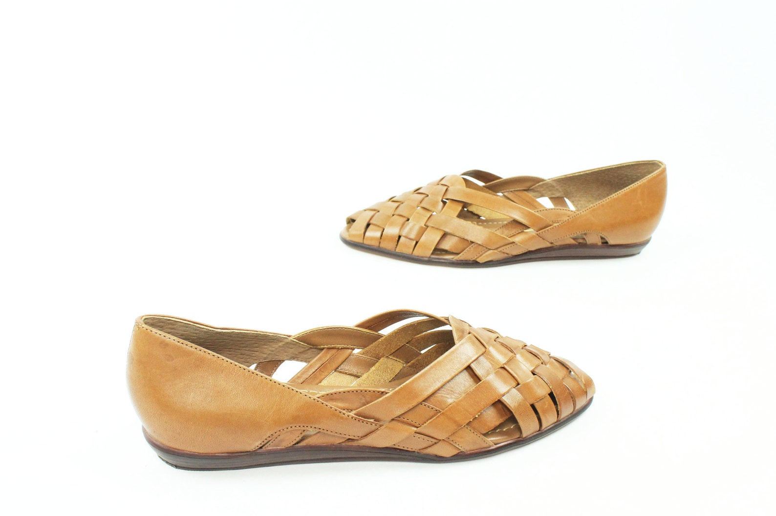 80s tan leather huarache sandals woven slip on shoes open toe ballet flats vintage 80s womens 8 1/2 wide naturalizer