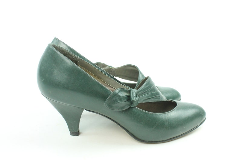 5e56620094f2 80s does 30s Pumps Dark Green Leather Shoes High Heels Womens