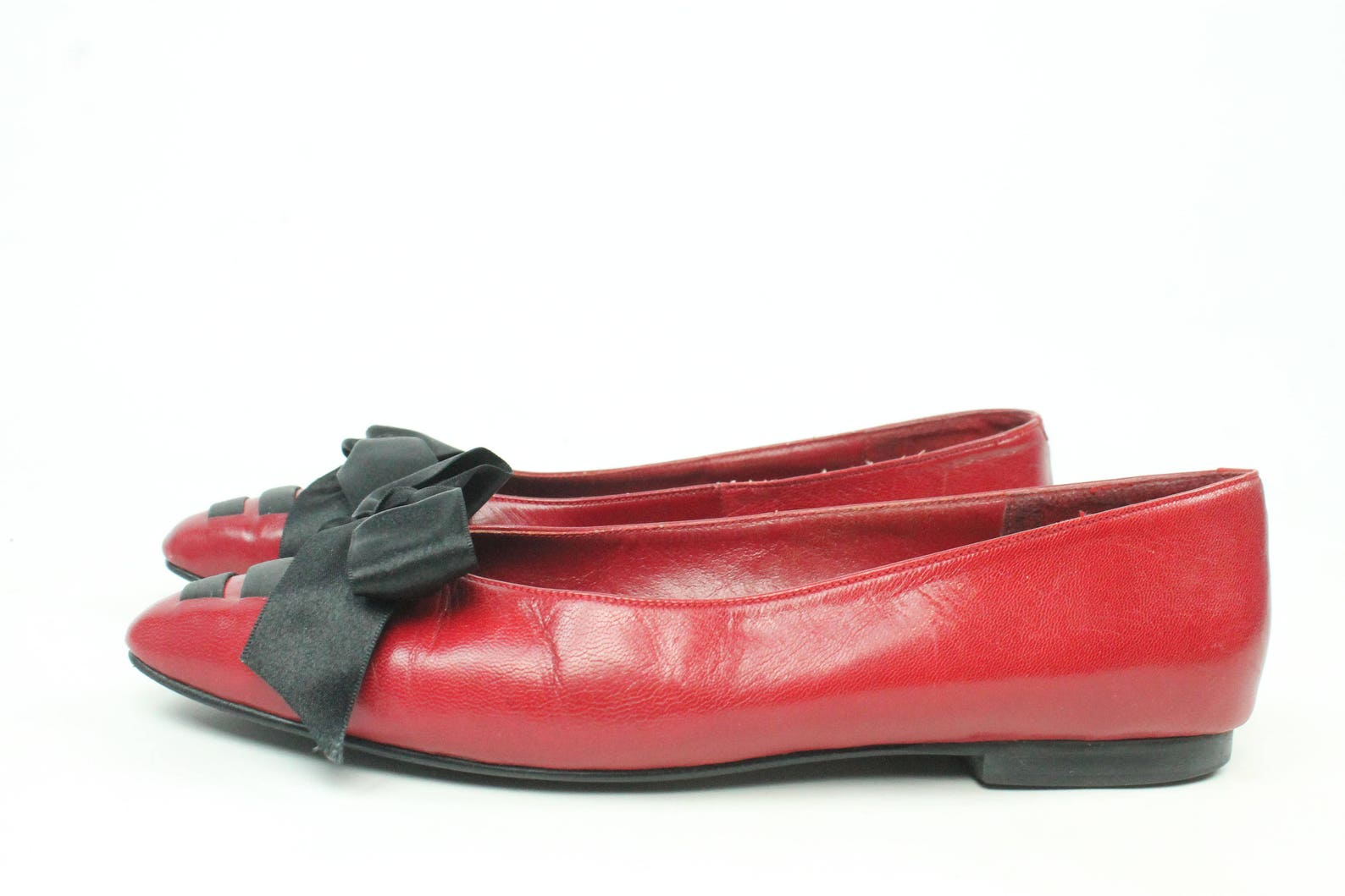vintage 80s ballet flats red leather satin bows pointed toe slip ons 1980s size 8 shoes pumps lindsey black