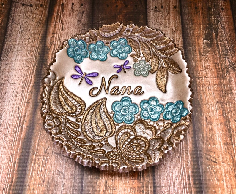 Nana Gift Mother/'s Day Grandmother Present Vintage Lace Flower Leaf Vine Dragonfly Jewelry Holder Floral Ring Dish Personalized For Her