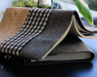 Simple Christmas gift ideas, homemade present for him, book cover made of boiled wool (burel) and Portuguese cork fabric, brown + checkered