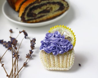 Lemon Cupcake Brooch, Lavender Cream Cake, Yellow purple brooch, Kawaii Food Jewelry, patisserie Sequins Embroidery, Statement pastel brooch
