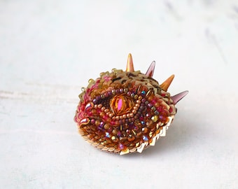 Dragon eye Brooch, fire dragon pink gold,  Beaded Sequin Embroidery, Fantasy animal eye, cameo Statement