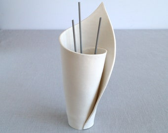Ceramic reed diffuser, scent stick holder, spiral LILY white porcelain vase, zen decor