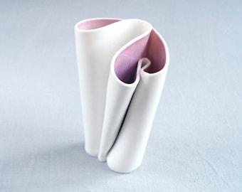 Porcelain vase, freeform UNFOLDING No7, pink