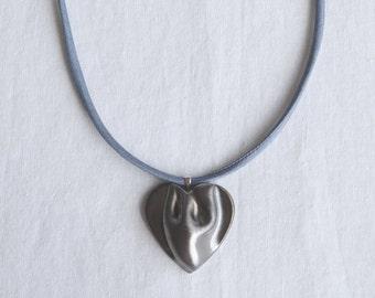 Sculpted porcelain golden black HEART necklace