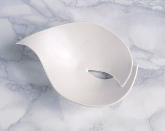 Soap dish with hole, white porcelain LILY leaf, small