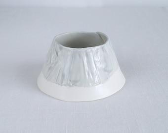 Porcelain tea light holder, RUCHED No8 conical, grey