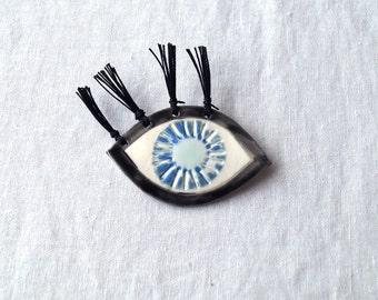 Mystic EYE LIGHT brooch