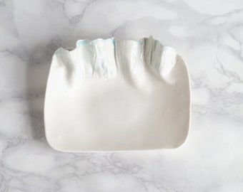 RUCHED No5 porcelain dish with ruffled edge, grey and white
