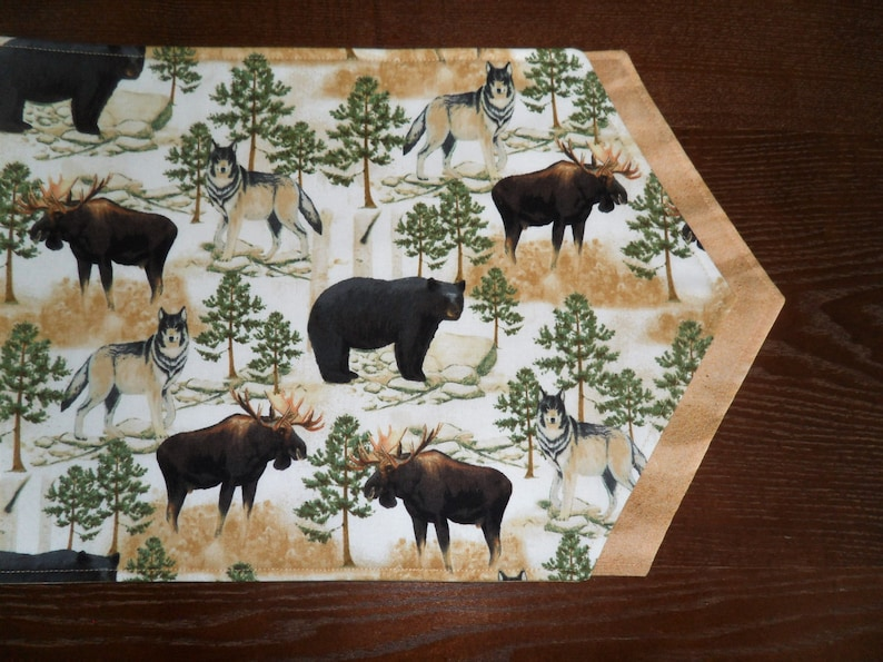 Easy Care Bear Table Runner Moose Pointed Ends Reversible Wolf