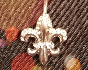Stainless Steel Fleur de Lis Rhinestone Belly Ring