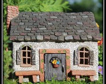 Sweet Meadows w/hinged door for the Fairy Garden