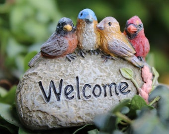 Welcome Rock with 4 Birds for the Fairy Garden