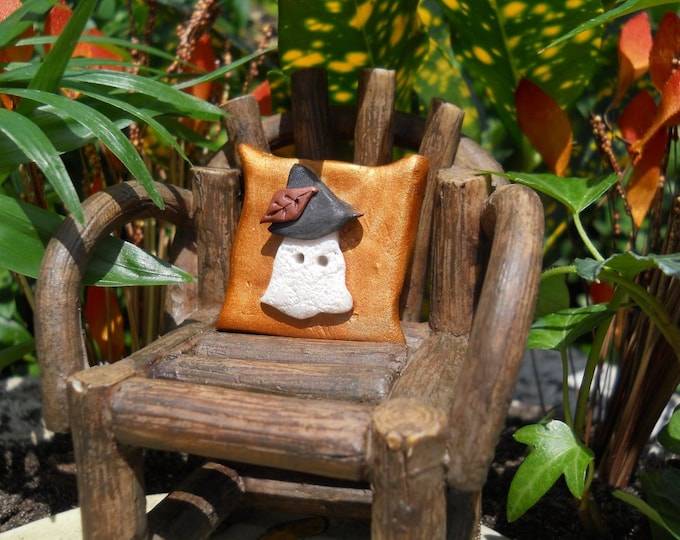 """Gnome Ghost Pillow 1"""" Square (Resin) Chair Not Incl."""
