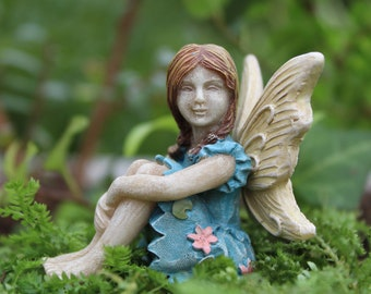 """Fairy Charlotte (2"""" Tall) in her Fairy Garden (Bench Not Incl)"""