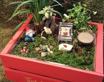 Gnome Power Fairy Garden Kit - (Plants and Soil not Incl)