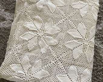 "Vintage Handmade Crochet Star Flower Cream Ecrue Bedspread 93""x113"" Queen Full"