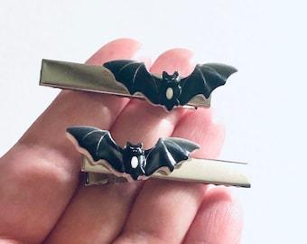 Black Bat Hair Clips SET OF 2, Bats Alligator Clips Barrettes Halloween Bobby Pins Spooky Cute Hair Accessories Horror For Women & Kids
