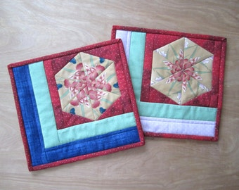 "Quilted Mug Rug ""Floral Phantasy"" Set of 2, Quiltsy Handmade, Snack Mat, Small Placemate, Deskmat, Hexagonal Design"