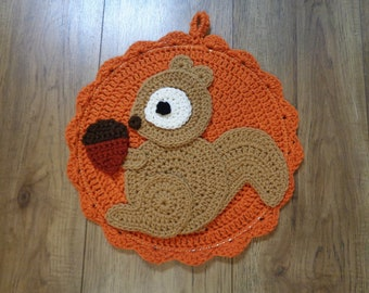 Fall Decor, Squirrel Wall Hanging, Autumn Decoration with Crochet Squirrel, READY TO SHIP, Gift for Friend, Gift for Grandma