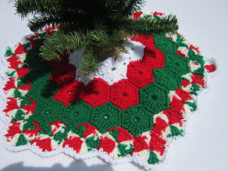 Crochet Mini Christmas Tree Skirt image 0