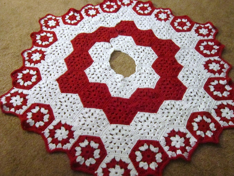 Crochet Christmas Tree Skirt in Red and White Peppermint image 0
