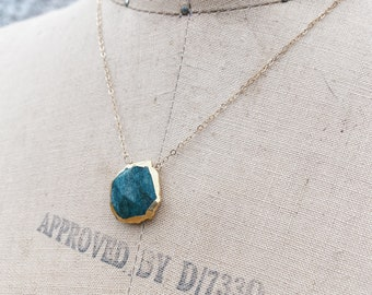 Aventurine Necklace // Full Moon Necklace // 14k Gold Filled Necklace // Green Gemstone Necklace // Gemstone Jewelry // Gold Necklace //