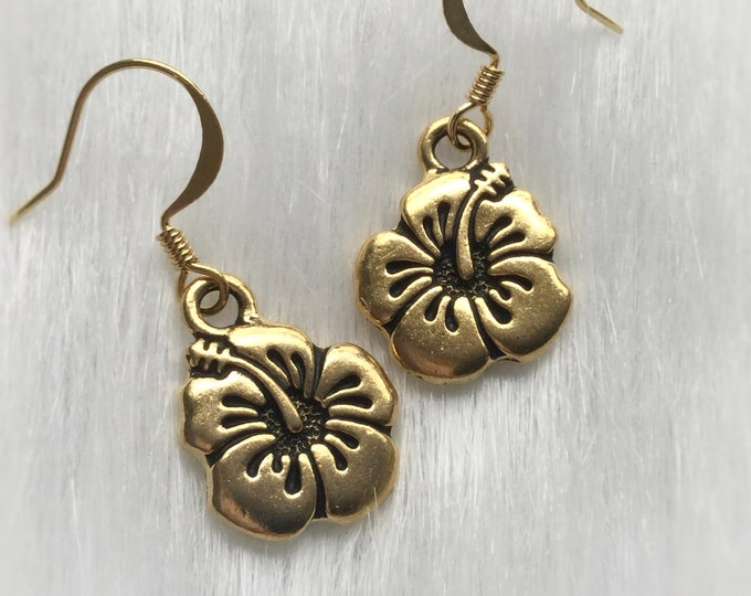 Hibiscus Flower Earrings, Gold or Silver finish, Tropical, boho, bohemian, sold per pair (leave qty as 1)