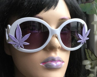 Weed Leaf Sunglasses, Cannabis leaf 420 eyewear