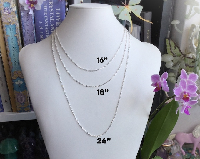 Chain necklace, in silver or gold, multiple sizes for layering