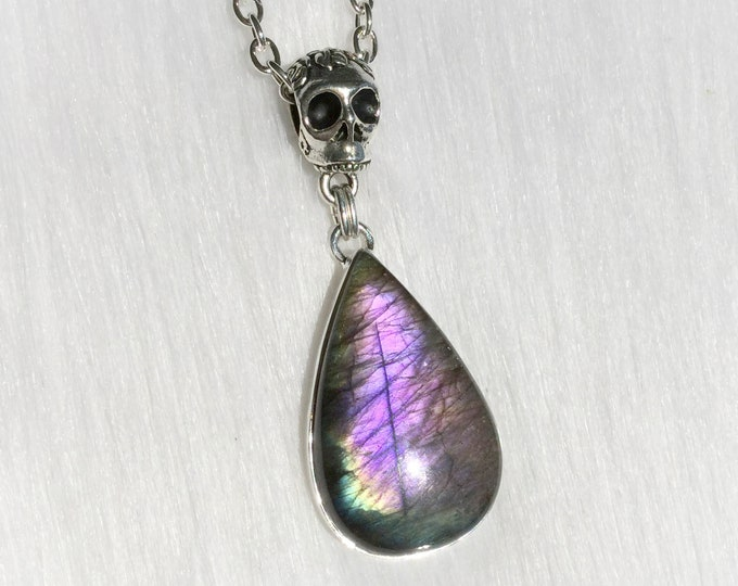 Purple Rainbow Labradorite Teardrop Skull necklace