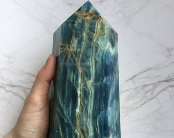 """8"""" Argentinian Blue Onyx crystal point, leaning obelisk, tower generator Natural undyed stone"""