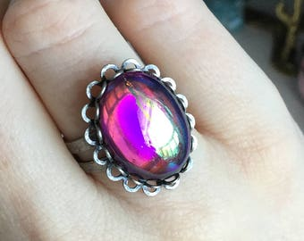 SALE Purple Aura Witch ring, vintage glass,violet, green fuschia color shifting