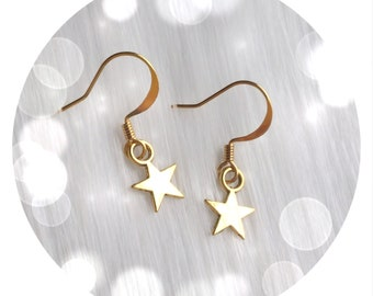 Dainty Gold Star earrings, minimalist, sold per pair (leave QTY as 1)