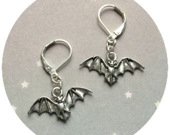 Bat earrings, in silver or gold tone, sold per pair (leave qty as 1)