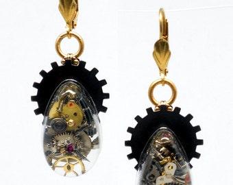 Mixed Metal STEAMPUNK Earrings Gearrings Cold Connected Resin Teardrops w/ Gears & Watch Bits on Brass Leverback Earwires E0862