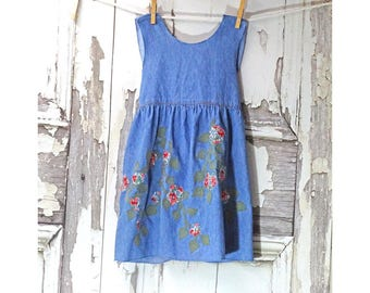 Denim Little Girls Crossback Apron, 3T to 4T Girls Apron, Denim Pinafore, Children's Upcycled Clothing, Unlined Child's Apron